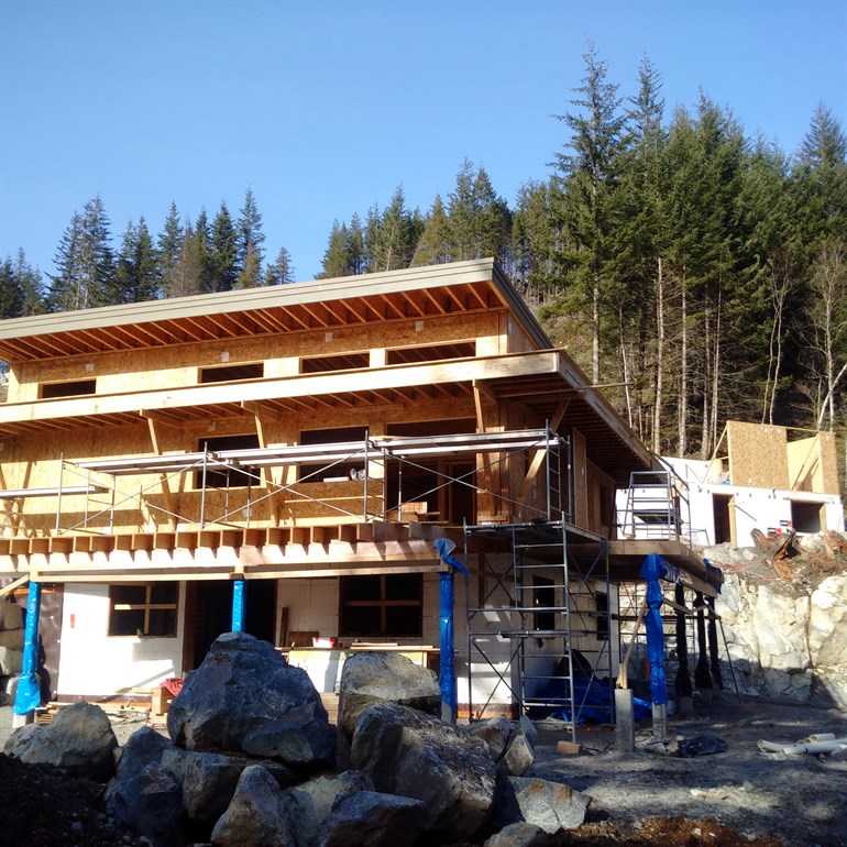 Crumpit Woods Squamish Home Construction Exterior