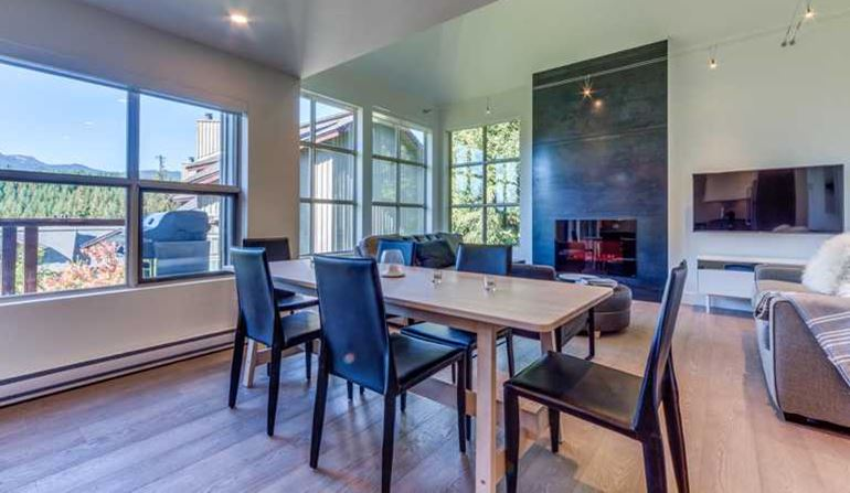Blackcomb Greens - Dining/Living Room